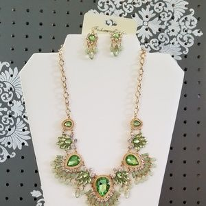 Fashion necklace & earings new